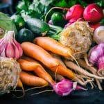 Syö viittä väriä kasviksia päivässä