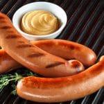 Kuluttaja: Nakkien ravintosisällöissä rajuja eroja – pahimmillaan vain 10 prosenttia lihaa!
